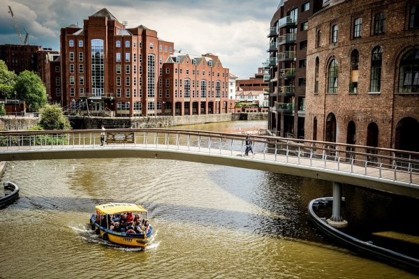 Top 5 things to do when you book Bristol accommodation over a weekend
